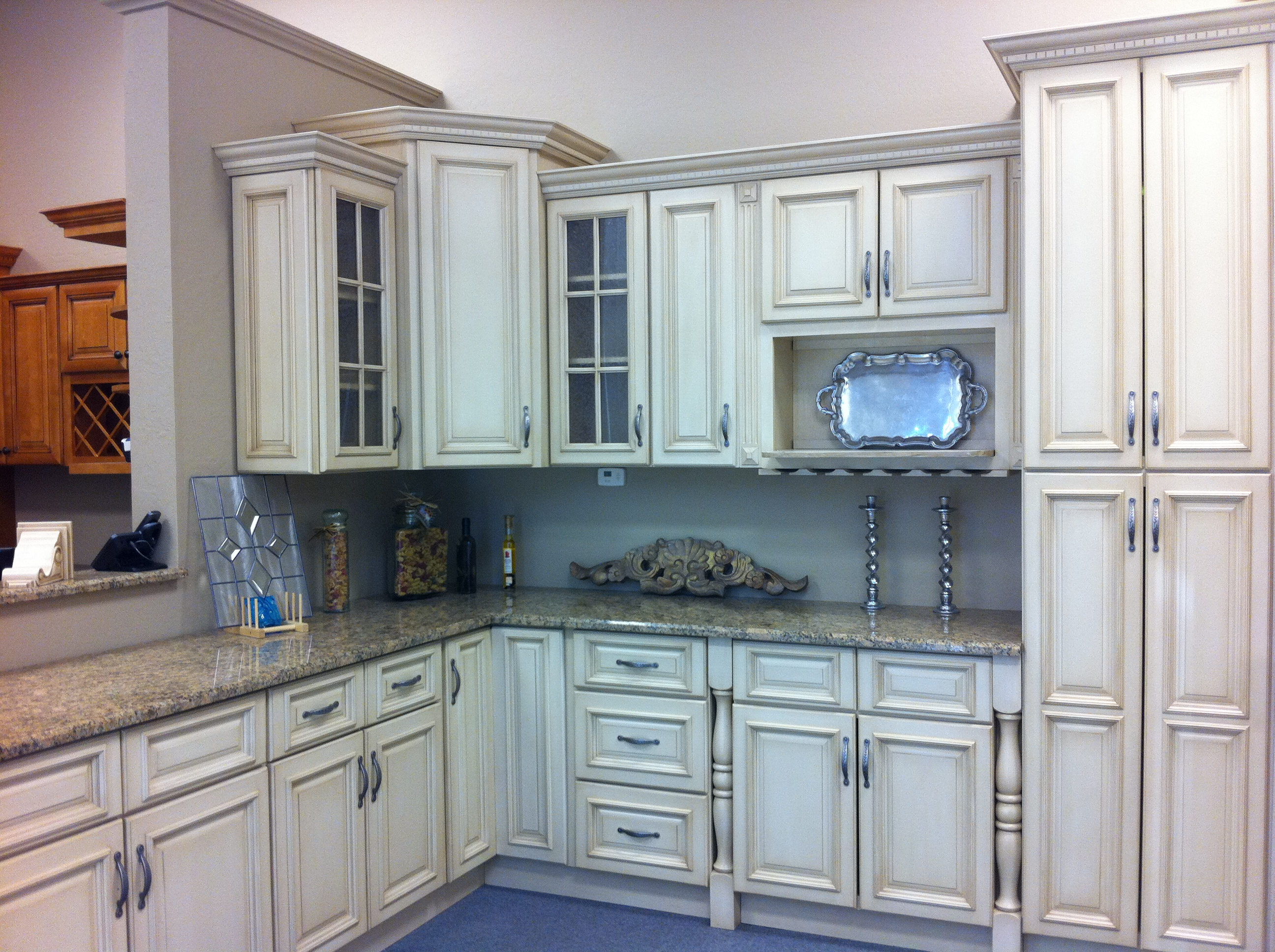 Discount Cabinets - Kitchen Cabinets - Bathroom Cabinets - Solid ...